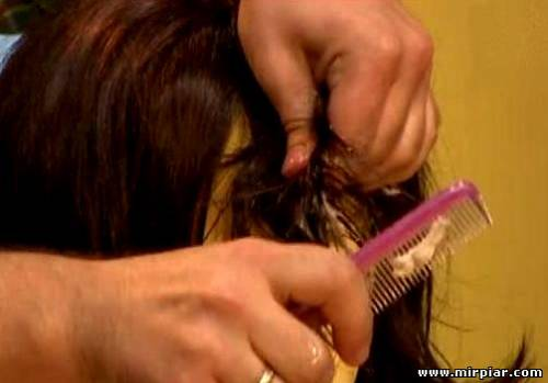 жвачка в волосах