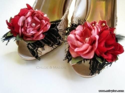 украшаем обувь цветами из ткани 3