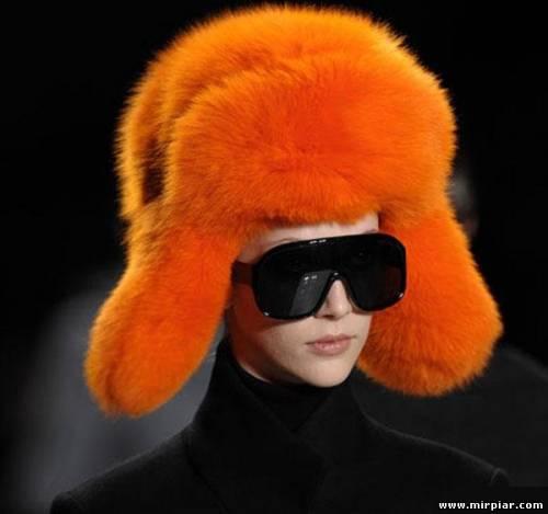Это фото находится еще в галереях: вязание спицами шапок и беретов и...