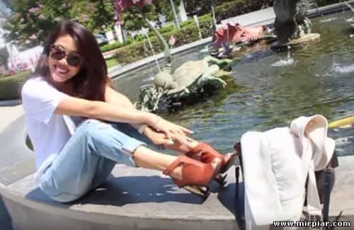 джинсы-бойфренды и туфли на каблуке