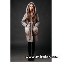 Пальто из твида женское