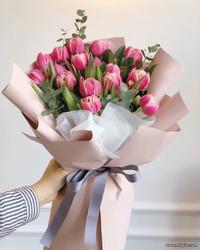 Стильный букет тюльпанов - Доставка - Flowers De Lux