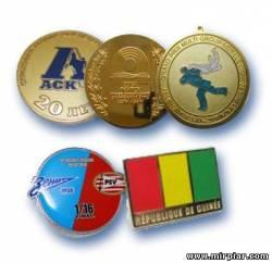 Значки и медали