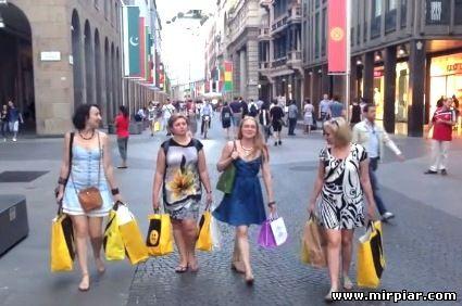 Путешествие и покупки по Италии