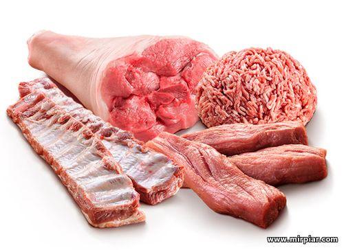 мясо, мясные продукты, домашние сосиски, мясные деликатесы